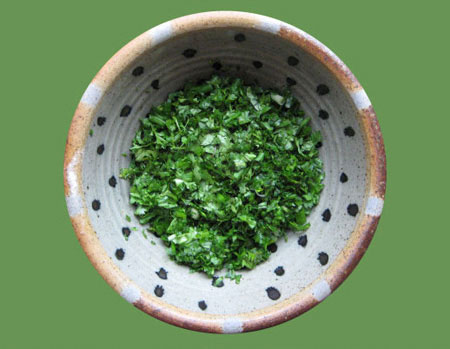 sabzi khord shodeh chopped fresh herbs persian cooking kitchen iranian food blog