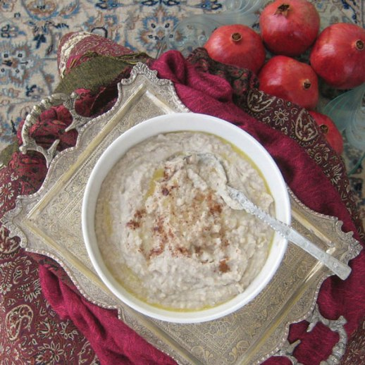 Wheat & turkey porridge (Persian style) called halim (aka haleem)