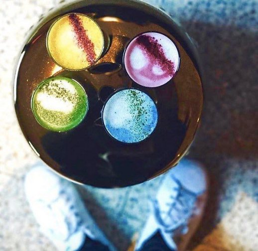 rainbow latte coffee art trend