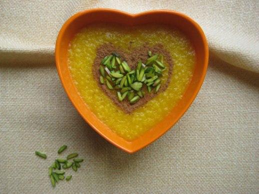 Sholeh Zard (Persian safrron rice pudding)