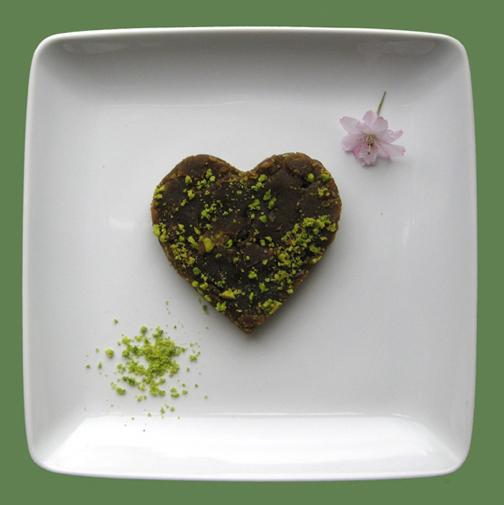 03-72dpi-Lentil-halva-sweet-Recipe-Vegetarian-PersianFood-IranianCooking