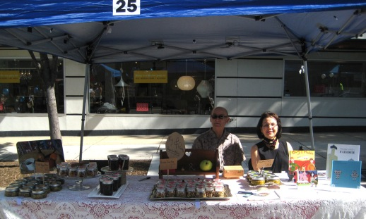 #25. The Fig & Quince table manned by a super-duper pair