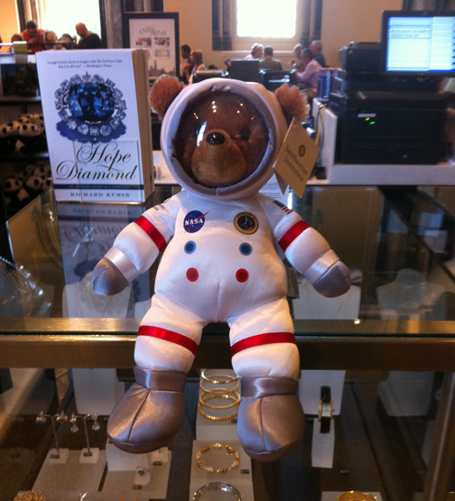 bear astronuat stuffed animal toy smithsonian washington DC space cute museum