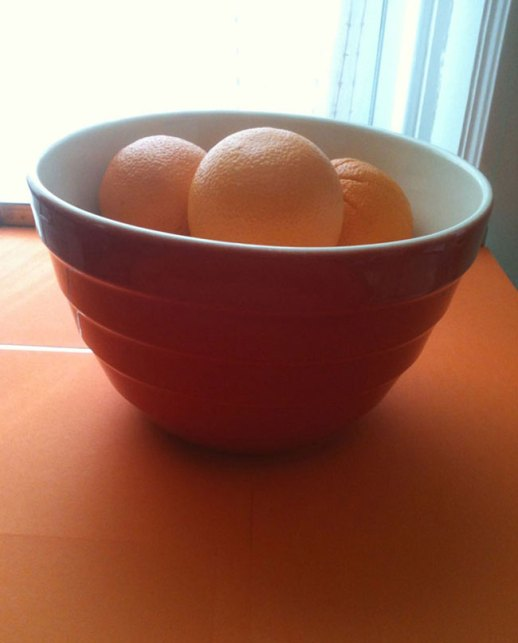 Oranges in red bowl still life | @Figandquince (Persian food culture blog)