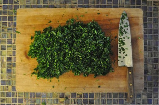 Fresh herbs for Annarbaji a shomali Persian dish posted by Fig & Quince (Iranian food blog)