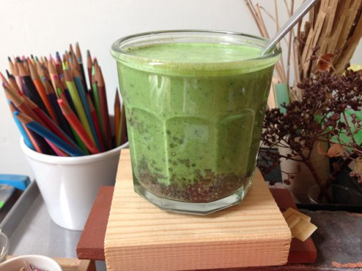 Green-Smoothie-Recipe-Chia-Seeds-Persianized--11