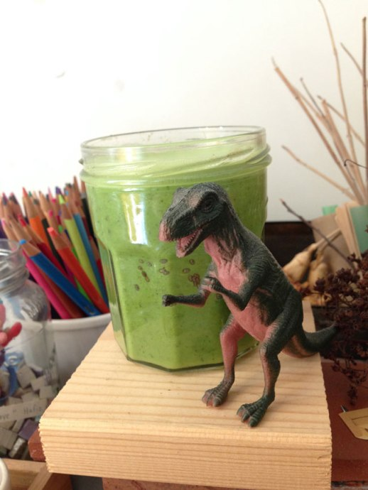 Persianized green smoothie with dinosaur! |@figandQuince (Persian food culture blog)