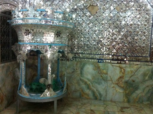 mirror wall shrine and grave of religious figure in Takiye moavel al malek Kermanshah, iran | @FigandQuince (Persian food culture blog)